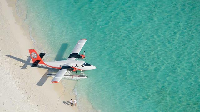 腾邦集团联合贝恩资本收购全球最大水上飞机公司