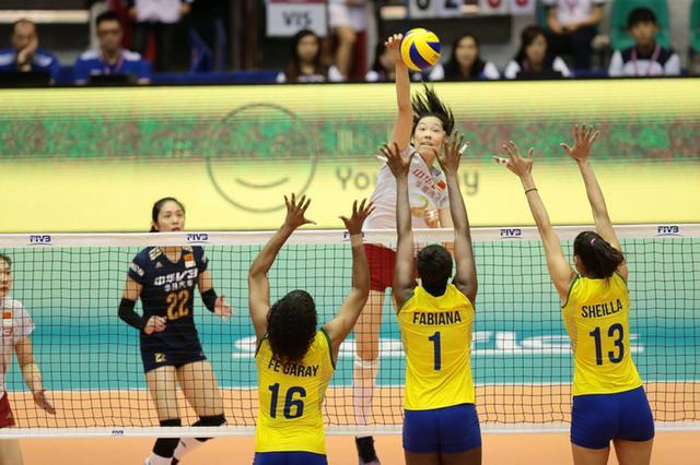 国家队到达澳门 迎战世界女排大奖赛