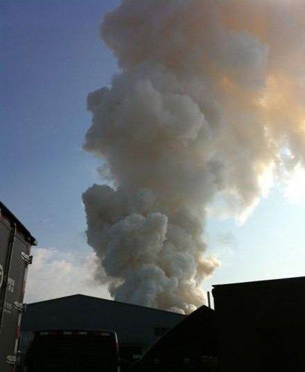 广州工厂发生爆炸 惊现蘑菇云