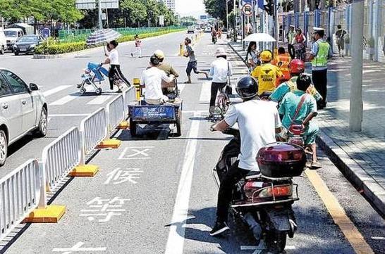 深圳首条非机动车道在沙井建成