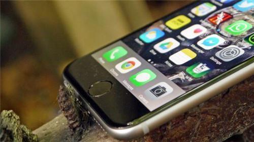 """手机APP偷窥隐私 超八成网友虽""""无奈""""但不得不用"""