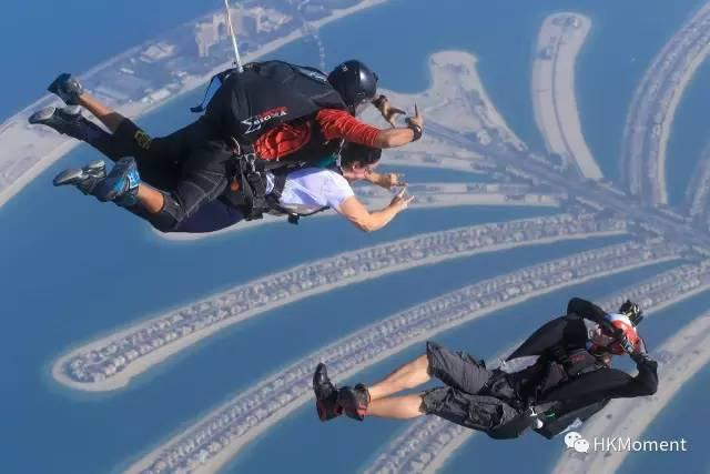 做一回空中飞人 香港跳伞达人带你飞