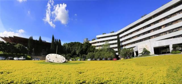 从最美校园到最文化校园:深圳大学全国文明校园创建侧记