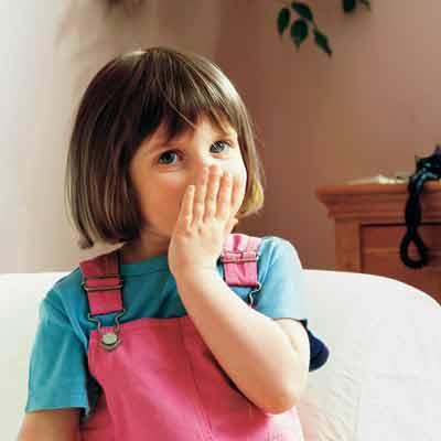 儿童牙齿不齐与哪些因素有关?常见的不良习惯