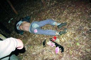 湛江三歹徒持枪抢劫 开枪拒捕被击毙一人