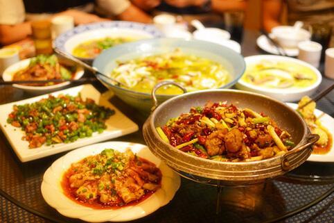 旅游美食栏目《爱尚游》第二集,带你品尝特色美食+玩转荔枝湾与有轨电车