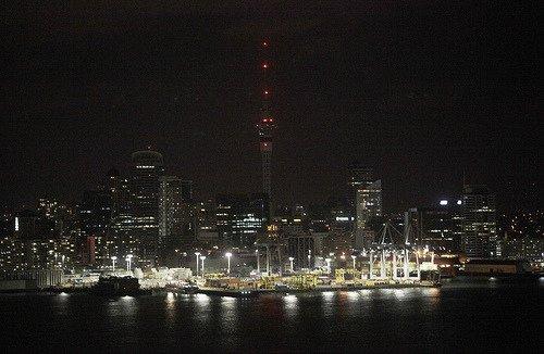 图文:新西兰奥克兰市CBD熄灯前后