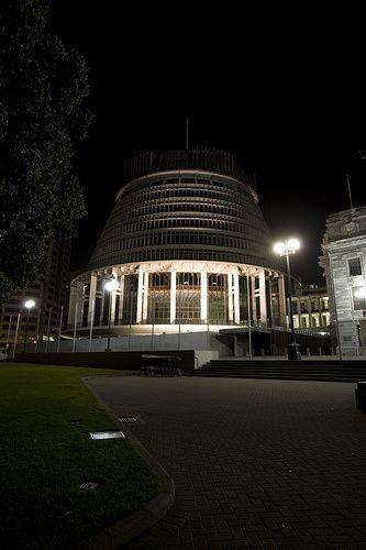 新西兰惠灵顿蜂巢熄灯前后
