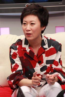 北京电视台著名主持人元元,著名女歌手王蓉,中央社会主义学院教授莽萍图片
