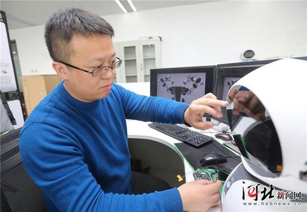 环保工程博士赴廊坊治霾4年,开发机器人对危险环境应急检测