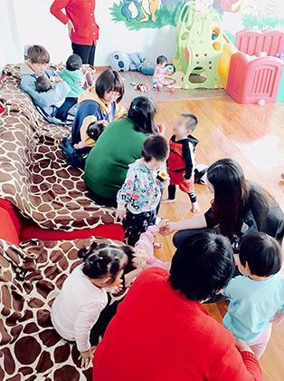"""马天宇孤儿院做义工 """"公益行动是一种习惯"""""""
