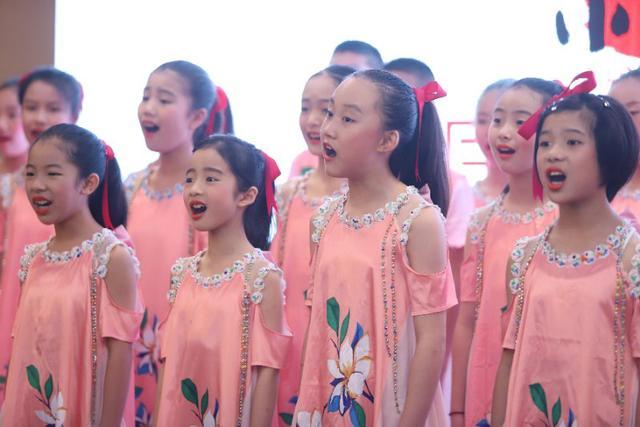 """""""小师傅中国非遗公益课堂""""开课仪式在广州举行"""