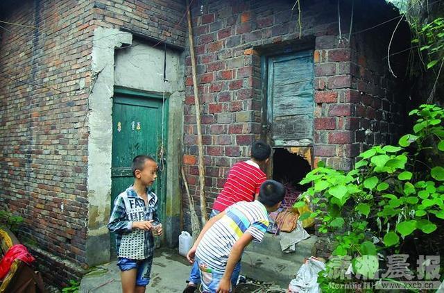 两姐妹吃垃圾堆食物中毒身亡 平日有捡拾垃圾习惯