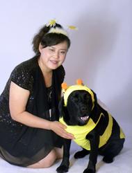陈燕和导盲犬珍妮