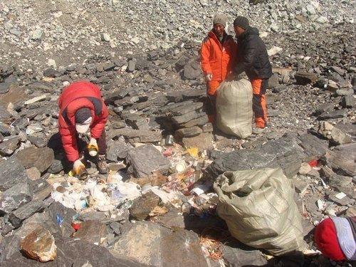 [北坡]壮举!北坡环保队在海拔8300米处清扫
