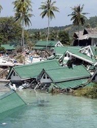 2004年那场全球百年来最大的海啸,对李连杰产生了深远的影响。
