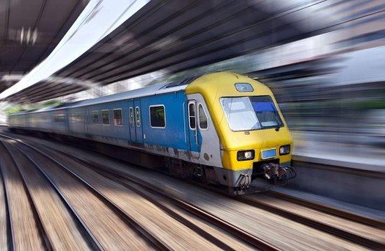地铁2号线一期林城西路站双线隧道 顺利贯通