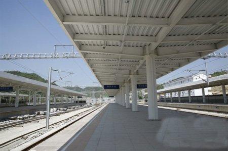 贵阳东站:高铁枢纽站图片