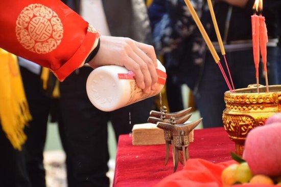 贵州黔坛酒业重阳祭水大典暨酿酒下沙活动盛大举行