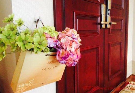 你知道你家的入户门有多重么?