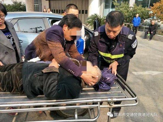 邯郸:老人突发心梗 5分钟生命护送
