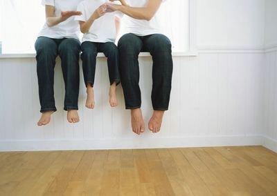 女性常常盘腿打坐好处多