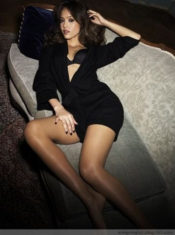 学女星练就标准美腿 造美女