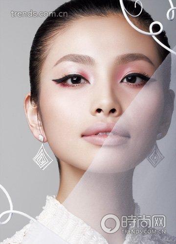 2010创意绘画元素跃上新娘妆图片