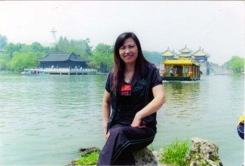 """武汉市首届江城好妈妈之""""校长妈妈""""张雷英"""