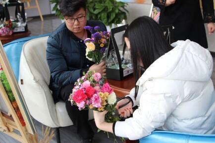 """花漾三月优雅人生 星荟""""女王季""""周末温馨开启"""