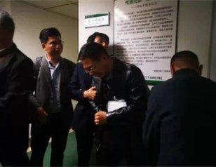 宜昌发生车祸 母亲当场身亡14岁儿子受重伤