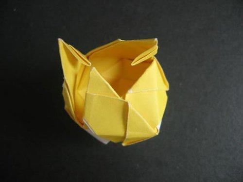 步步图解 教你diy折纸玫瑰