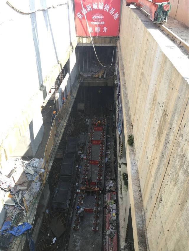 武汉地铁阳逻线全线轨道贯通,计划今年底开通试运营