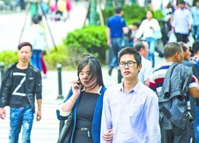 武汉低温跌至12℃ 或是下半年以来最冷的一天