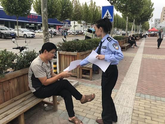 """潜江交警对""""不法中介""""实行零容忍"""