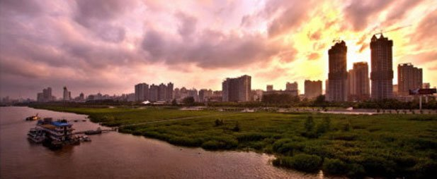 #随手拍武汉城市美景#:江城暮色