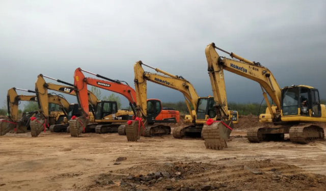 """吹响项目建设""""冲锋号"""" 大悟县28个重点项目集中开工"""
