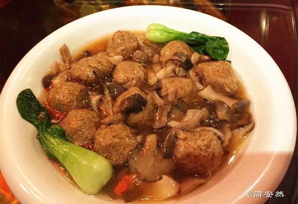 武汉长春观 色相品味逼真的素菜让人惊呆