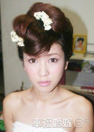 80后可爱日系新娘妆发型
