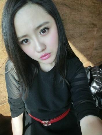 meinvcaobibiwang_中国足坛的美女老总们 集美貌与财富于一身