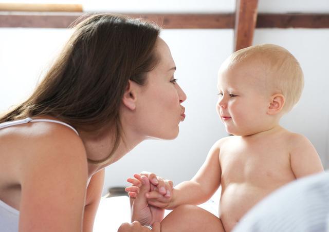 孕妈辟谣 为啥林心如怀孕三个月才公布