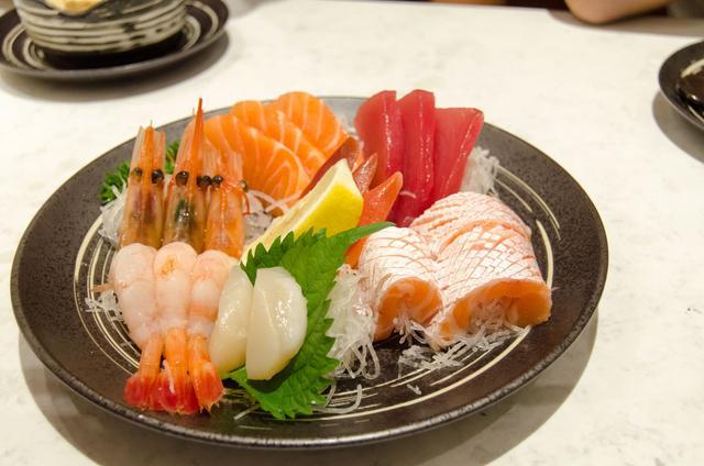 这样高颜值高逼格的寿司 不爱都很难