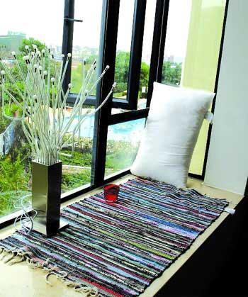 卧室飘窗窗帘效果图:浪漫温馨的梦幻床-卧室飘窗设计 角落里的精美