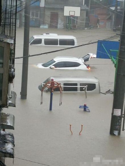 湖北遇最强暴雨36万人受灾 城市内涝损失6000万
