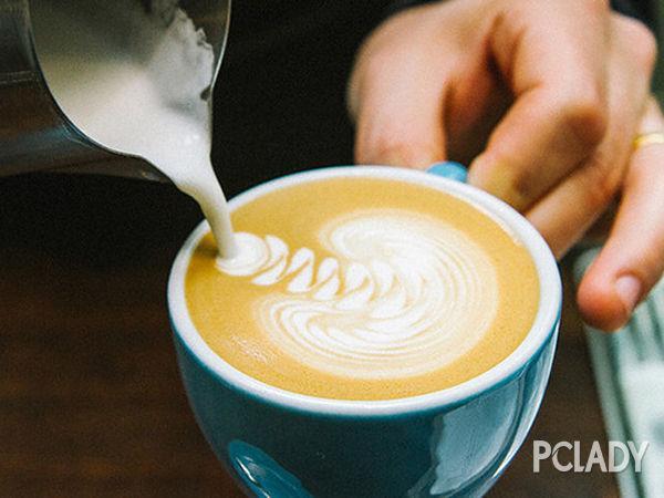 迪拜咖啡店:领略别样咖啡诱惑