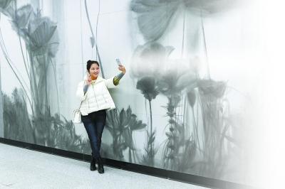 3号线第五座艺术站昨亮相 寻梦风华香港路(图)