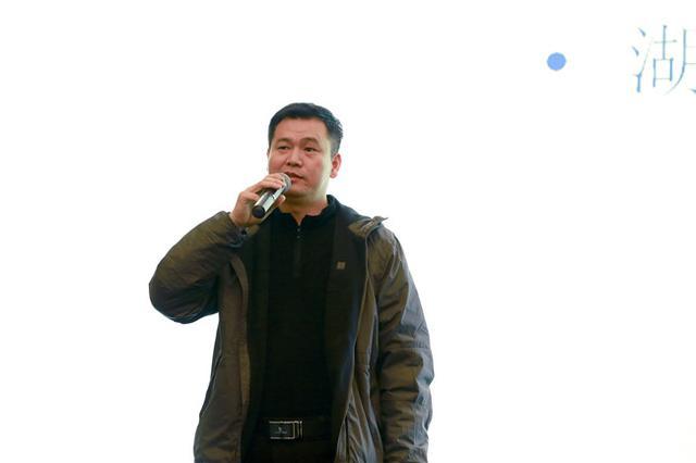 装饰协会会长-刘珝致辞   中国室内装饰协会副会长兼秘书长张高清图片