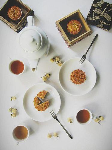 分食月饼 图片来源自flickr.com