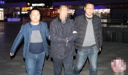 20岁男子不满被打小报告杀人 潜逃27年终落网