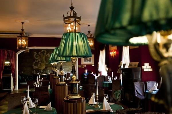 在圣彼得堡咖啡厅邂逅普希金